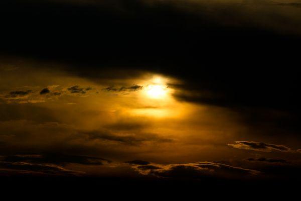 Glühender Himmel