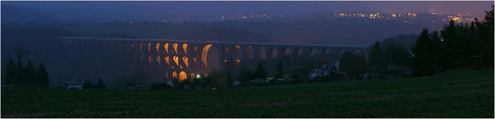 Göltschtalbrücke am Abend