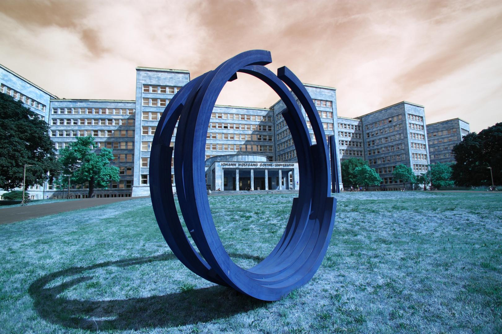 Goethe Uni FFM in Blau