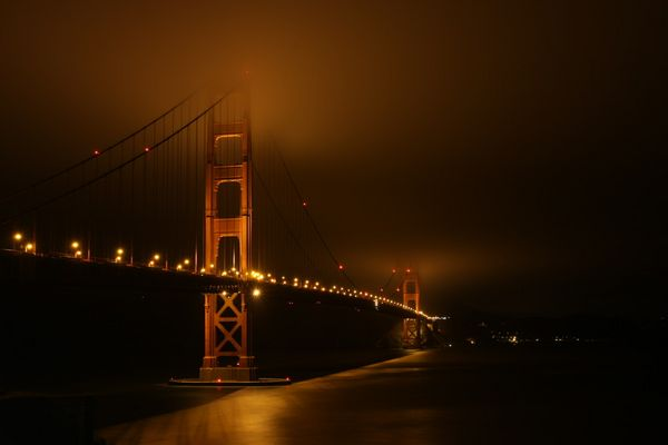 -Golden Gate Bridge at night-