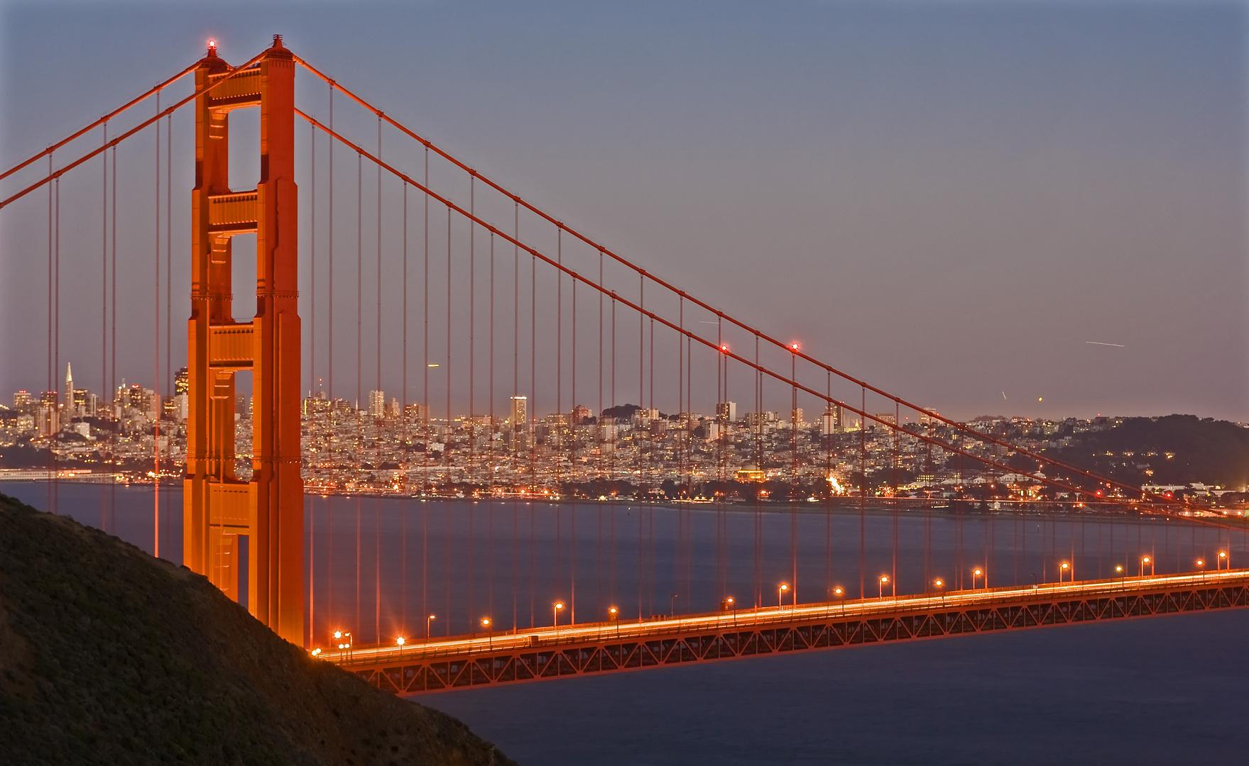 golden gate bridge bei nacht foto bild north america united states california bilder auf. Black Bedroom Furniture Sets. Home Design Ideas