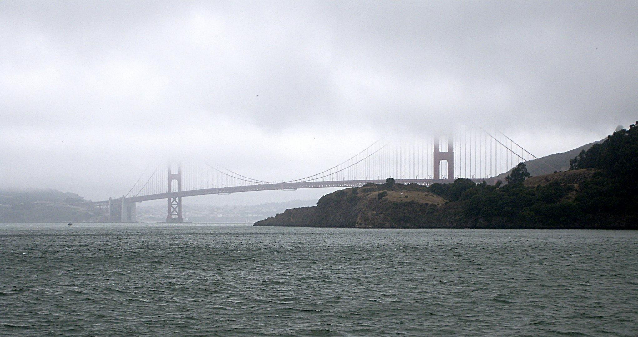 Golden Gate Bridge im Nebel