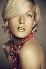 golden gloss ...