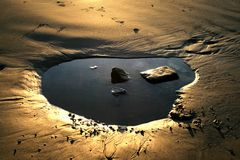 Goldene Mondlandschaft