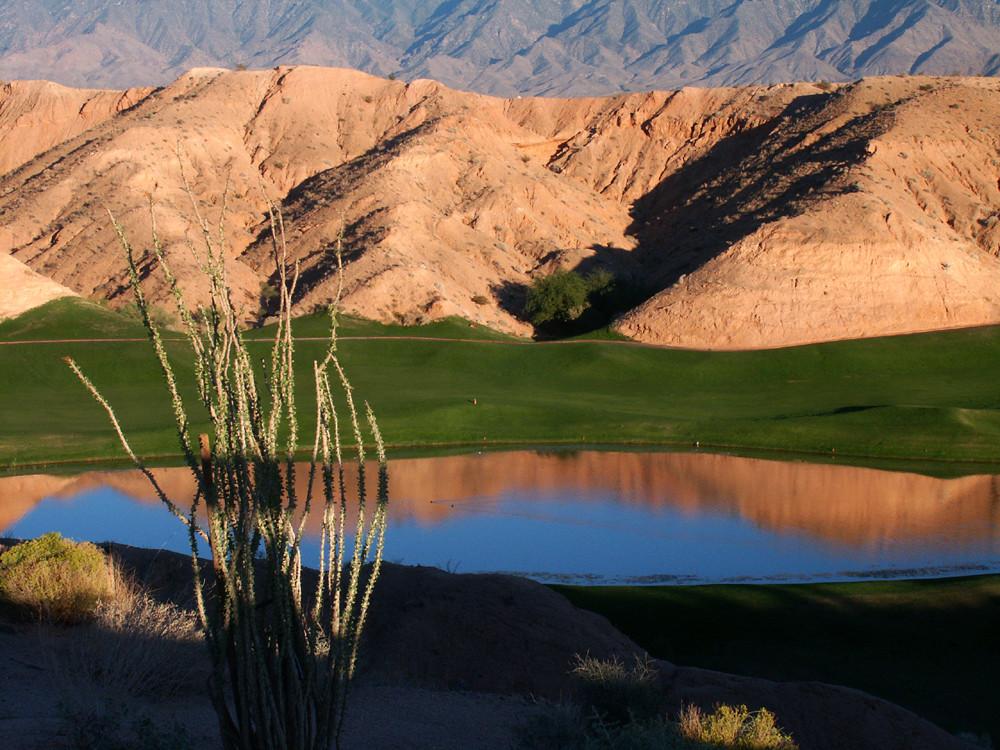 """""""Goldene Stunde"""" auf dem GC Wolf Creek in Mesquite, USA"""