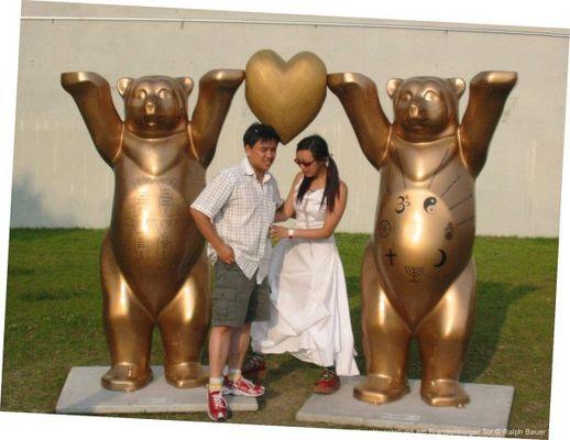 Goldenen Love Bears