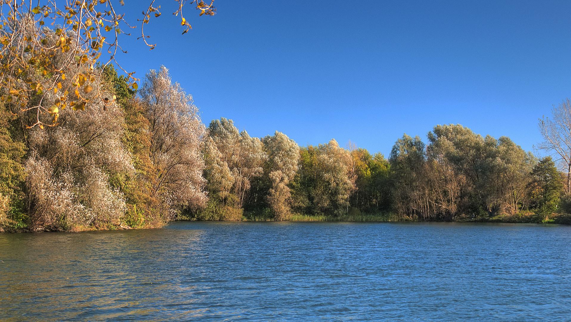 Goldener Oktober am Wilkenburgersee