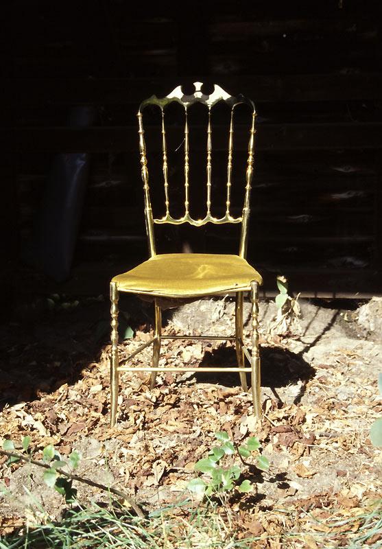 Goldener Stuhl...
