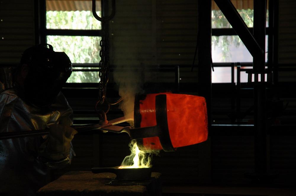 Goldgiessung in Kalgoorlie