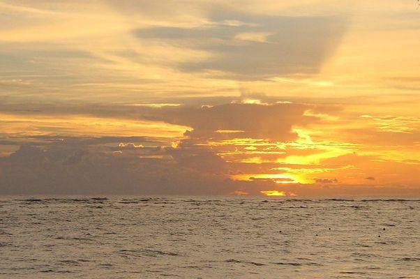Goldiger Sonnenaufgang