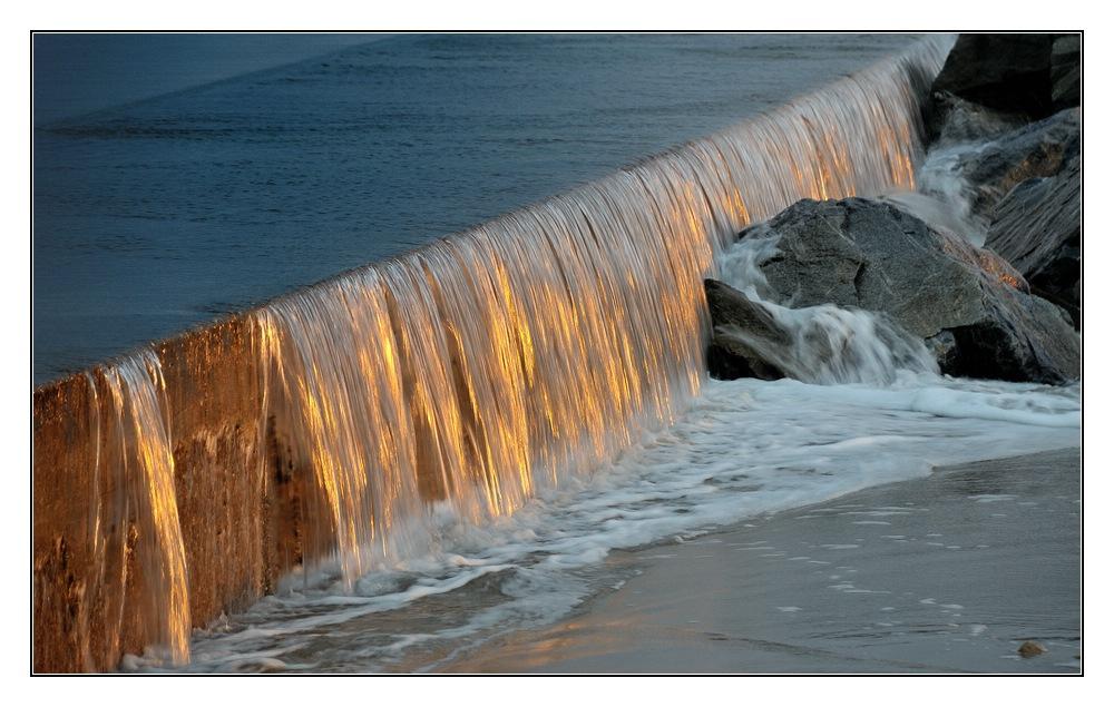Goldregen ins Meer