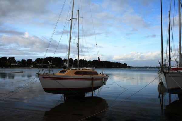 Golfe du Morbihan - Marée basse - Eau fuyante ou montante???