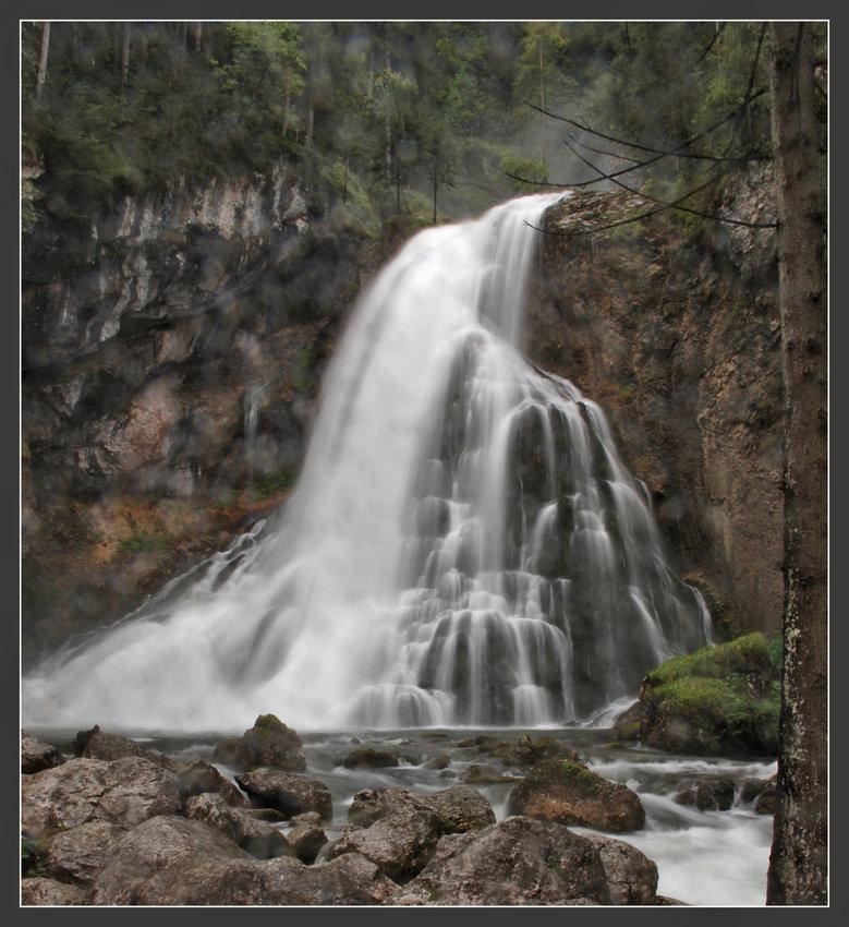 """ Gollinger Wasserfall..1 """