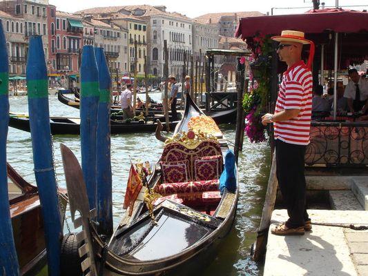 Gondolierie in Venedig