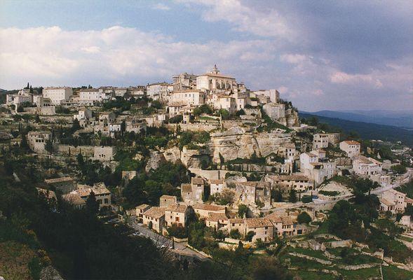 Gordes, un beau village de france !!