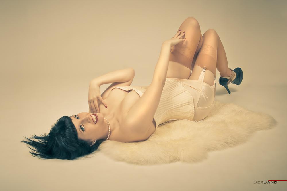 Gothesque-Girl: Nancy Napalm