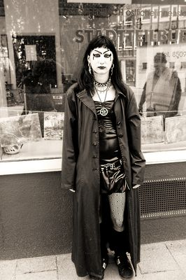 Gothic girl,offenbach
