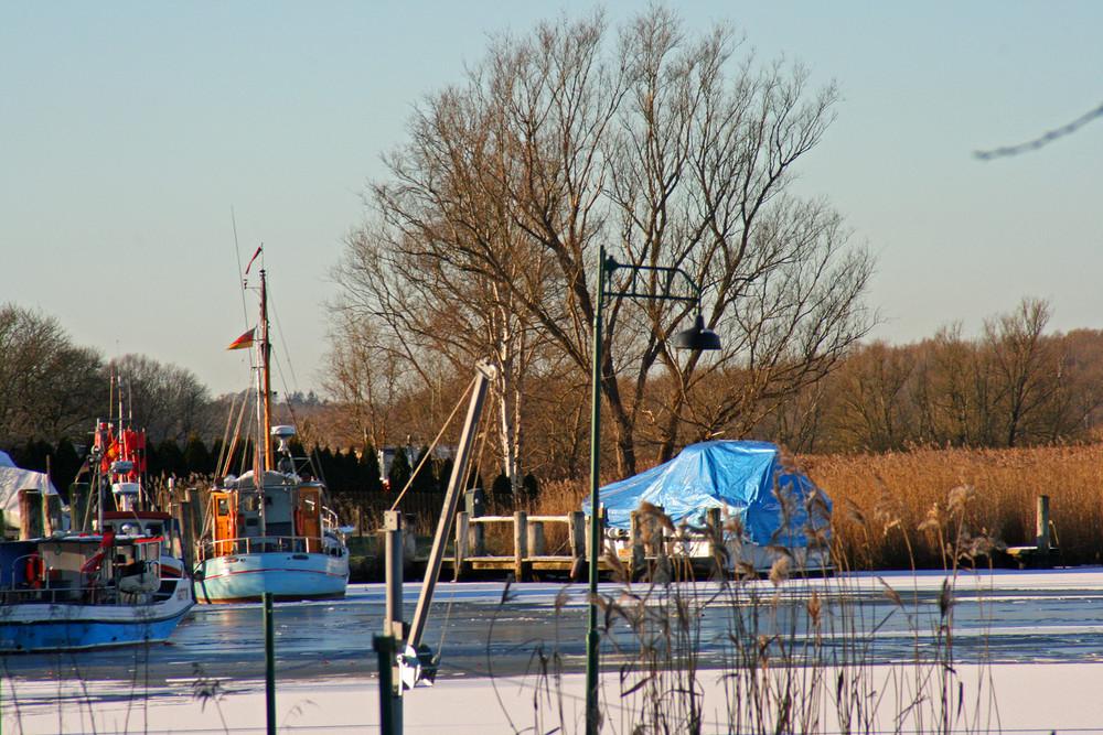 Gothmunder Fischereihafen im Winter