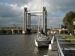 Gouda: Hubbrücke über die Gouwe
