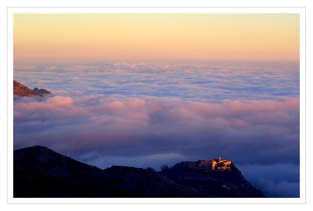 Gourdon dans les nuages 2