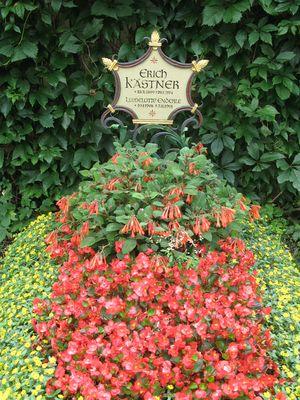 Grab Erich Kästners - im Bogenhausener Friedhof, München
