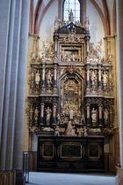Grabmal im Paderborner Dom