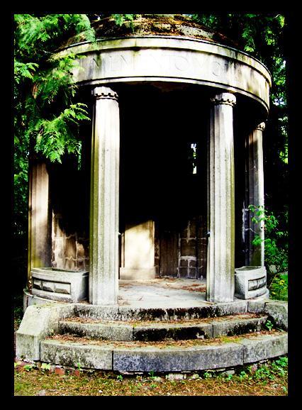 Grabmal Südfriedhof Leipzig