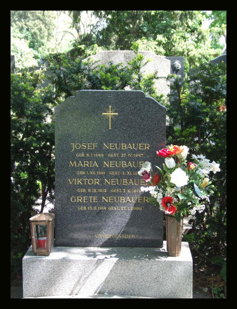 Grabstein am Meidlinger Friedhof