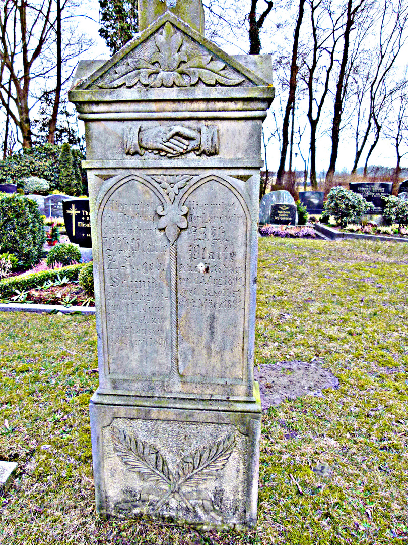 Grabstein von 1850 in Potshausen