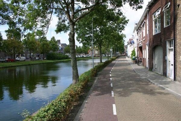 Gracht in Middelburg, NL