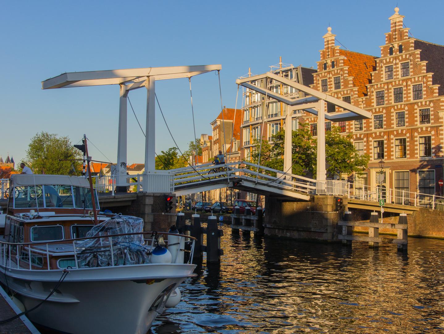 Grachtenansicht II - Haarlem/Niederlande