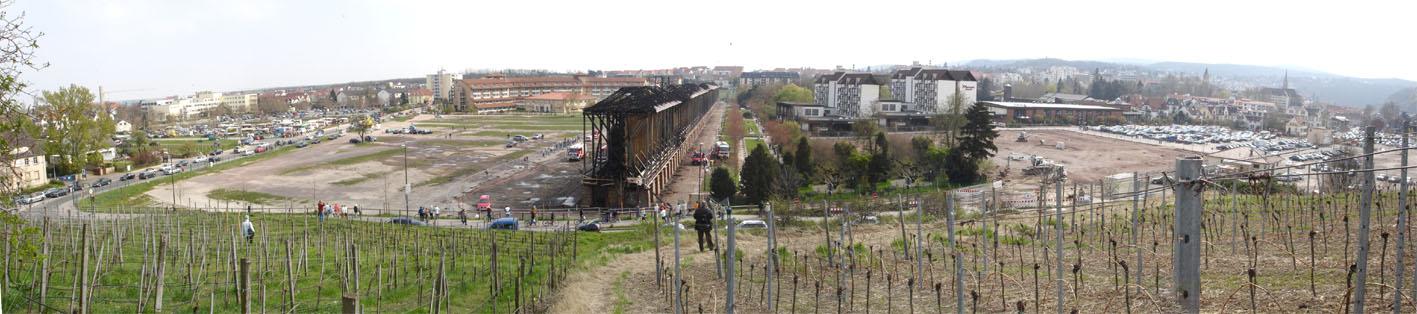 Gradierbau Bad Dürkheim nach dem Brand in der Karfreitagnacht 2007