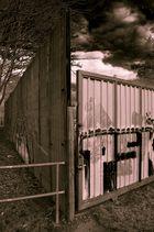 Graffiti am Bauzaun