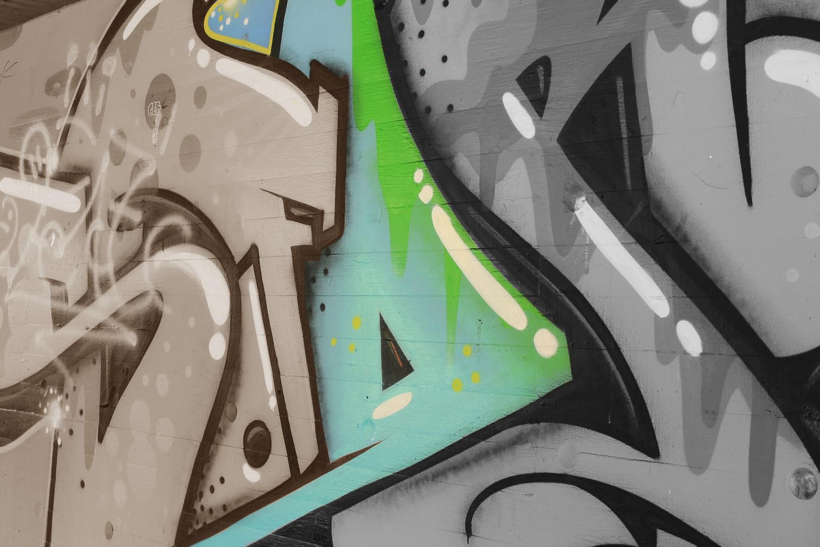 Graffiti In Ahrensburg Tricolor