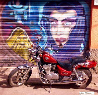 Grafiti con Moto