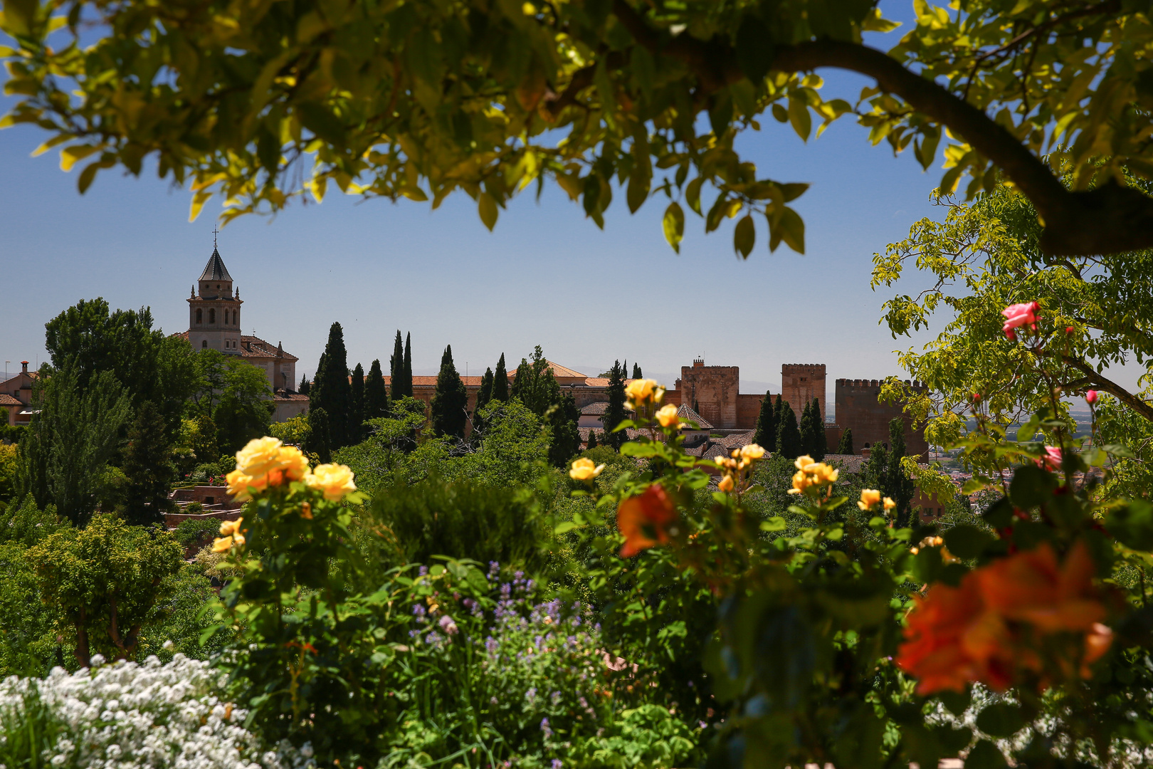 Granada Blick vom Generalife zur Alhambra 2