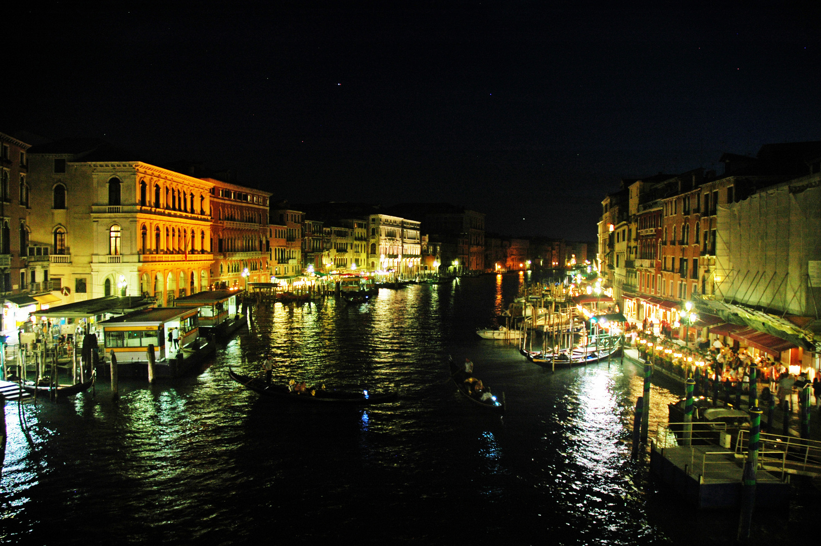 Grand canal by night