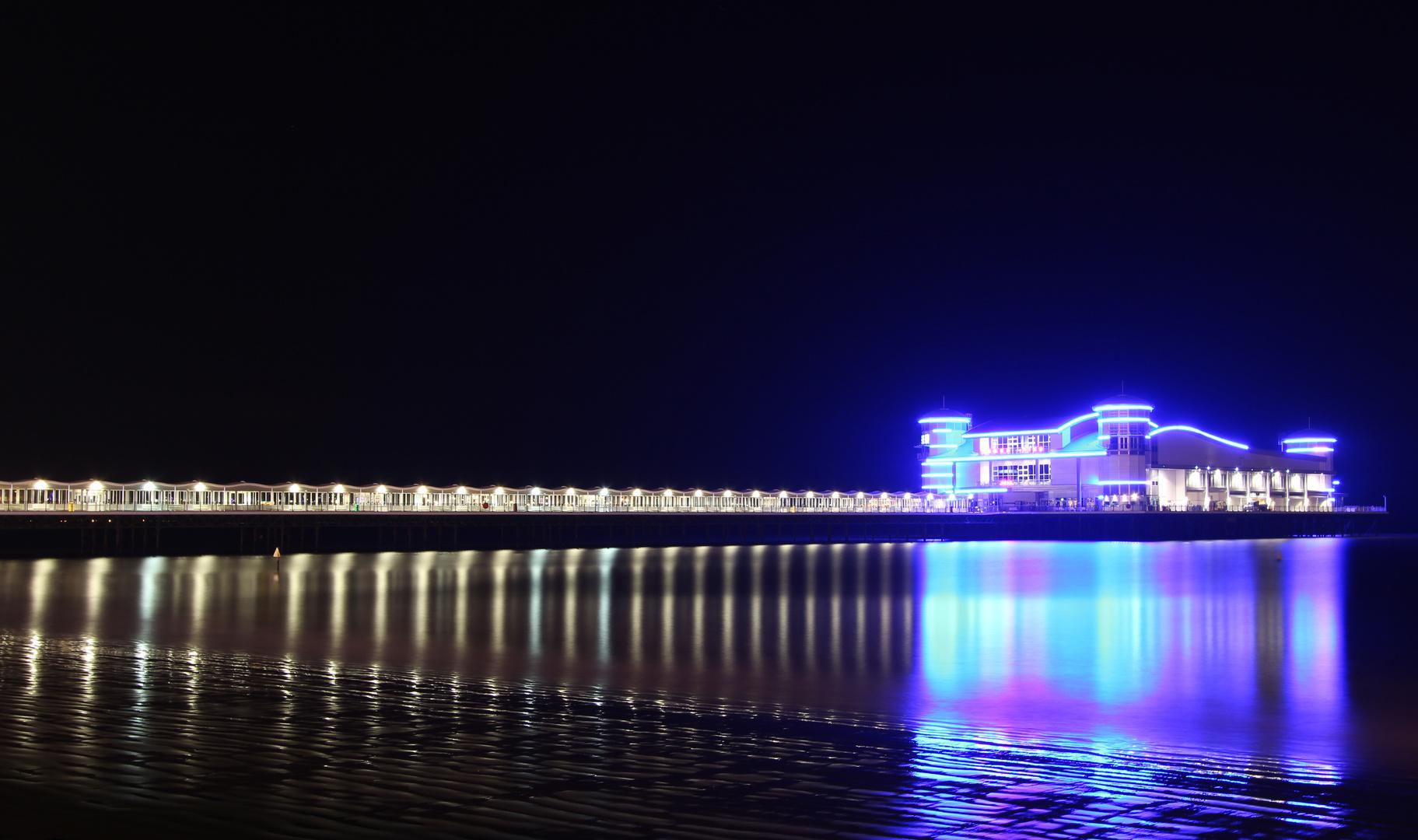 Grand Pier bei Nacht
