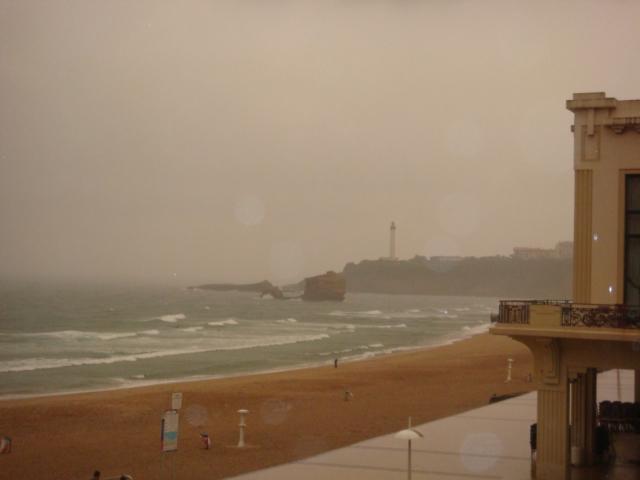Grand Plage sous l'orage