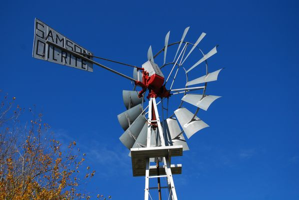 GRAND PRARIE WIND MILL