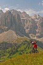 grandiose trails in den dolomiten