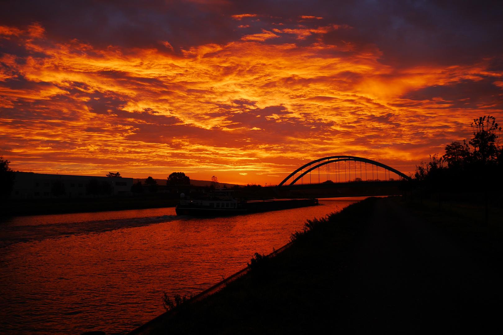 grandioser Sonnenaufgang gestern morgen..