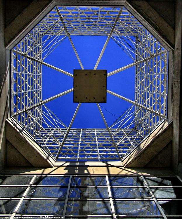 Graphisme de structure et de recherche d' angle