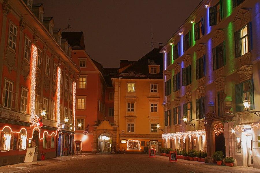 Grazer Mehlplatz im Weihnachtsschmuck - zweiter Versuch
