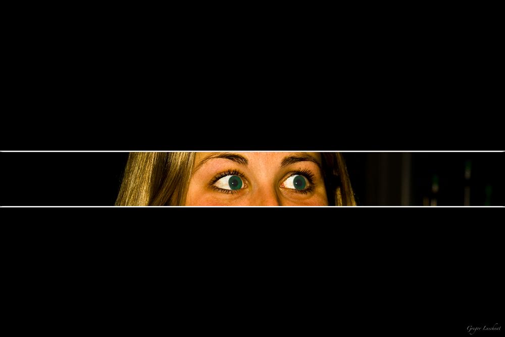 green eyes strip