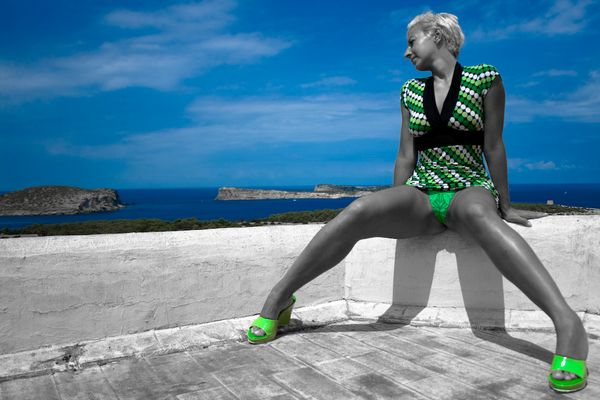 green shoes_2