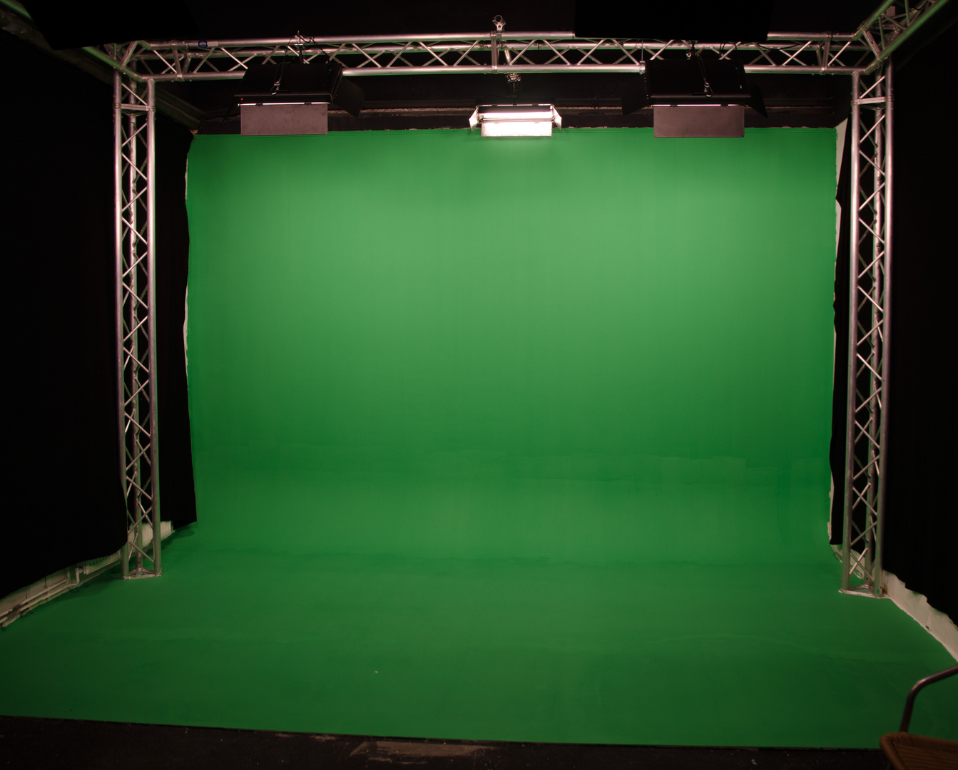 Greenscreen-Hohlkehle (4,90 x 3,50 m)