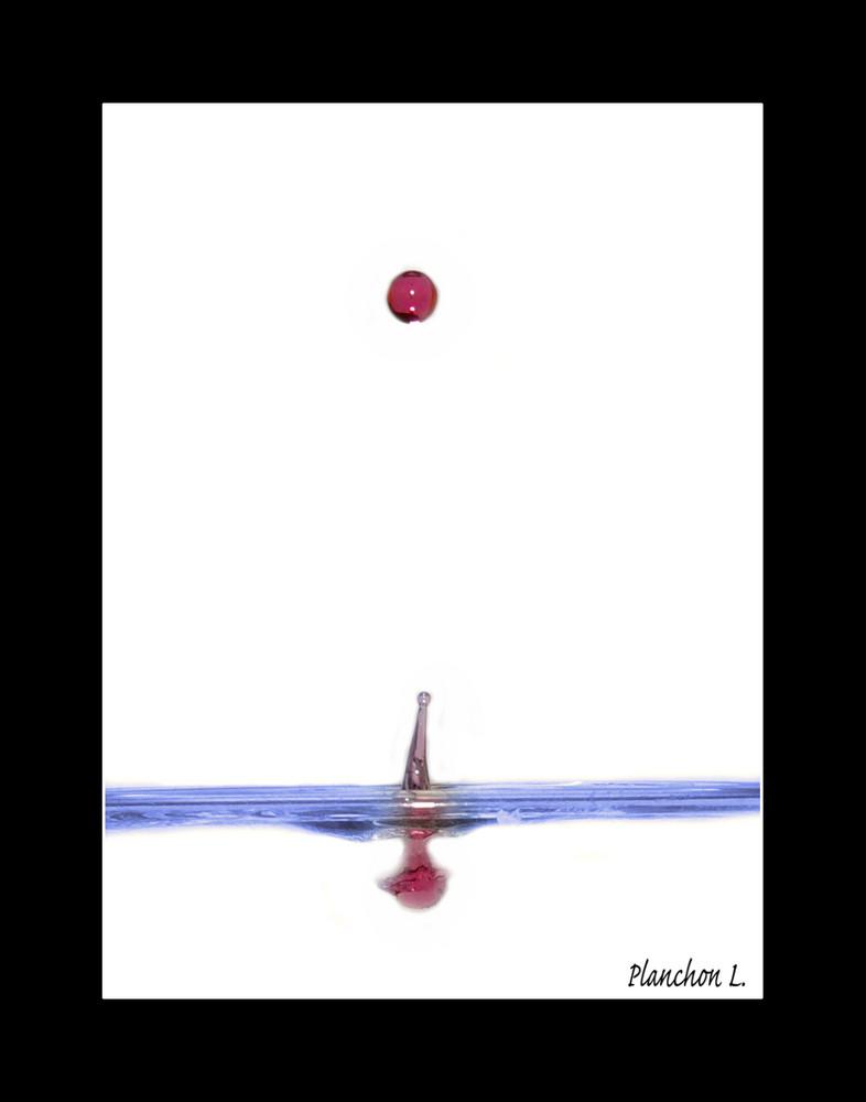 Grenadine dans l'eau