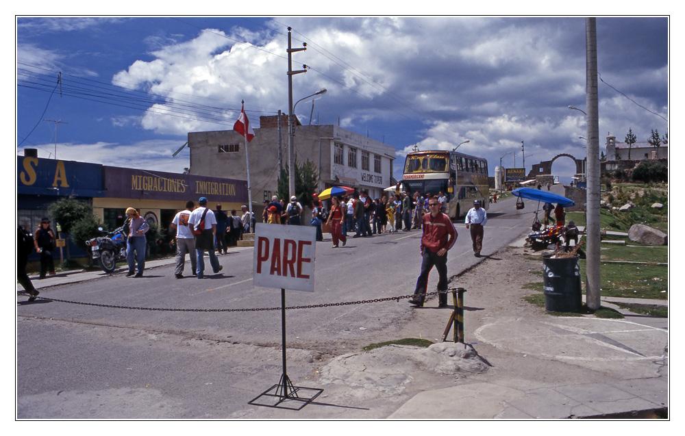 Grenzübergang Perú - Bolivia