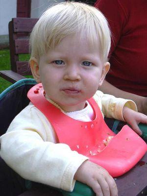 Greta beim Essen